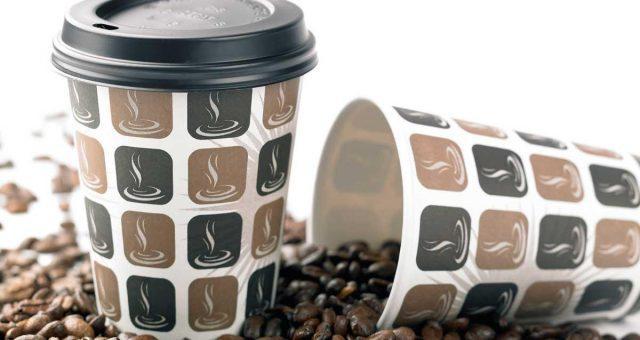 Одноразовые стаканчики для кофе фото