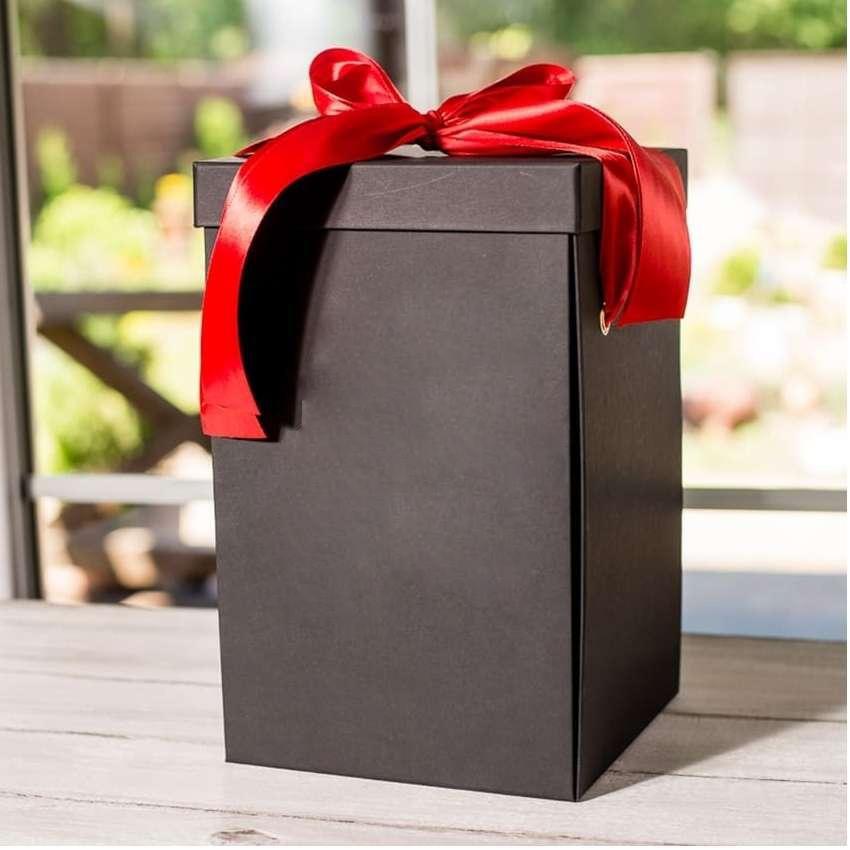 Коробка для розы в колбе  18*18*29 см.