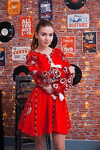 Пишна жіноча вишита сукня короткого фасону яскраво червоного кольору «Людмила»