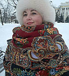 Майя 372-28, павлопосадский платок (шаль) из уплотненной шерсти с шелковой вязанной бахромой, фото 6