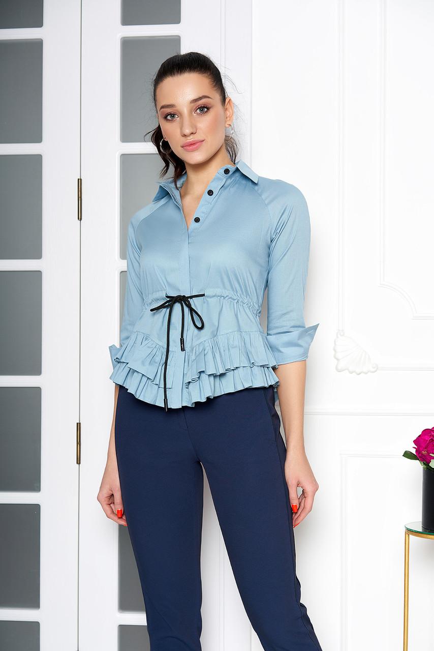 """Хлопковая нарядная блуза   """"AZ-124"""" с пояском и двумя рюшами по низу (т/голубой)"""