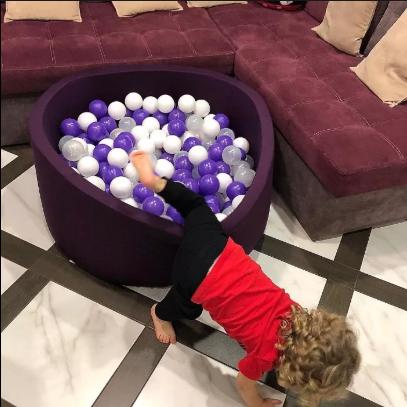 Детские сухие бассейны с шариками