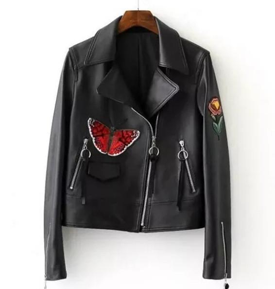 Женская куртка косуха Butterfly из экокожи черная S