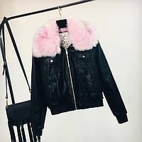 Женская куртка из экокожи черная с розовым съемным мехом, фото 1