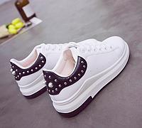 Кроссовки женские с декором Белые с черным 38 размер
