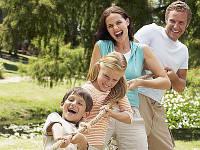 Команда интернет магазина Toyskiev.com.ua готова дарить радость детям и их родителям.