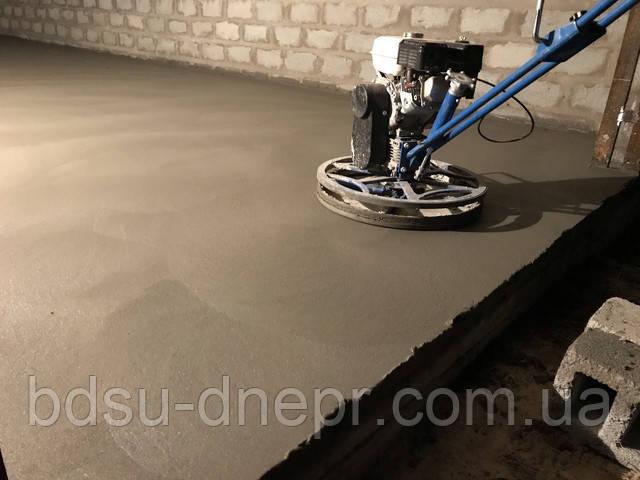 Затёртый бетон в гараже