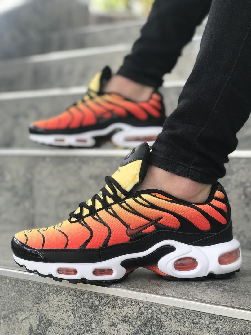 watch 075b4 74d7d Кроссовки в стиле Nike Air Max Plus TN Ultra Black Team Orange мужские