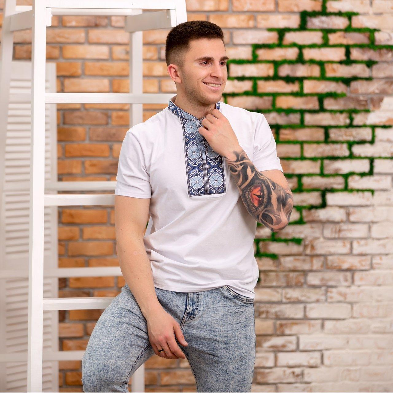 "Мужская футболка вышиванка на белом трикотаже ""Солнышко"""