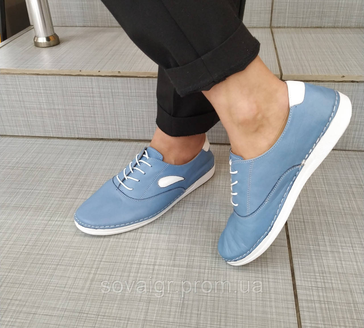 Подростковые кожаные спортивные туфли для девочек G-Style