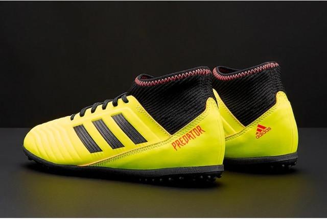 detskie-futbolnye-sorokonozhki-adidas-9q801