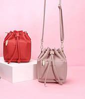 c623a422e476 Красивая Пыльно-розовая Стильная Женская Сумка с Помпонами — в ...