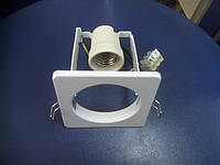 Светильник точечный квадратный белый BRILUM S63S