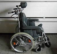 Инвалидная коляска стабилизирующая голову и спину