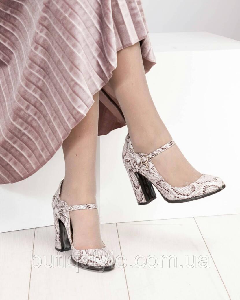 Туфли женские с ремешком под рептилию на толстом каблуке натуральная кожа