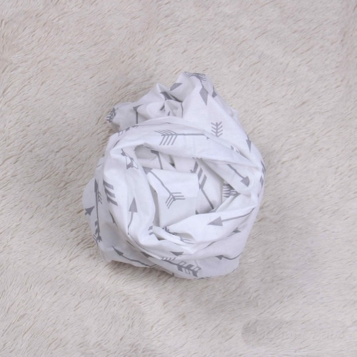 """Простынь на резинке для новорожденных """"Стрелы"""""""