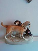 Фарфоровая статуэтка Охотничьи собаки Дукс