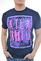 Яркая мужская футболка с прикольным рисунком  от производителя