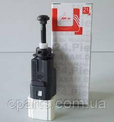 Датчик стопів (жаба) Dacia Sandero (Asam 30271)(середня якість)