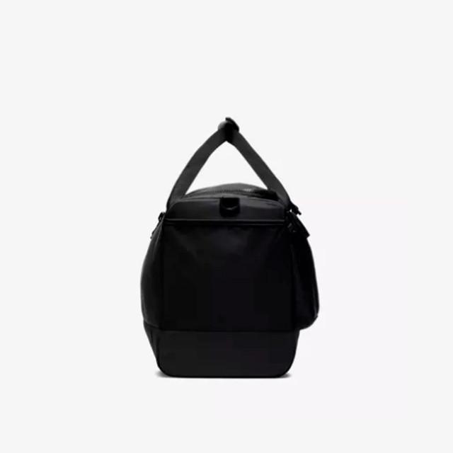 Мужская сумка для тренировок Nike Vapor Power | черная вид сбоку