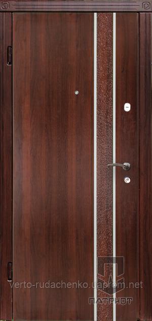 Двери входные Патриот Серия МS Накладка Latte