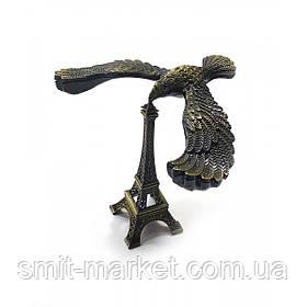 Орел балансирующий на эйфелевой башне (11х13х8 см)