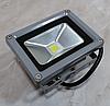 Светодиодный прожектор Epistar 10Вт теплый свет 3000K