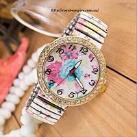 "Часы ""Дарси"" кварцевые с цветами."