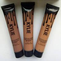 Тональный устойчивый крем-основа для загорелой кожи Kylie SPF 30 PA++
