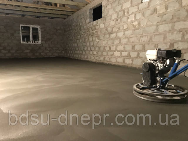 Вертолёт и свежий бетон