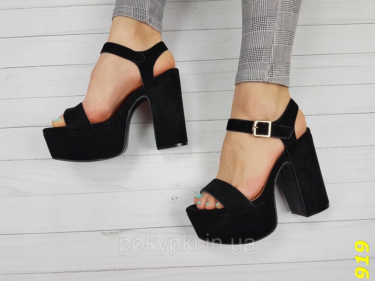 313dec4aa Стильные женские босоножки из экозамши на платформе и толстом высоком  каблуке черные -