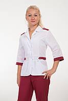 Костюм медицинский с красивым дизайном и бордовыми штанами