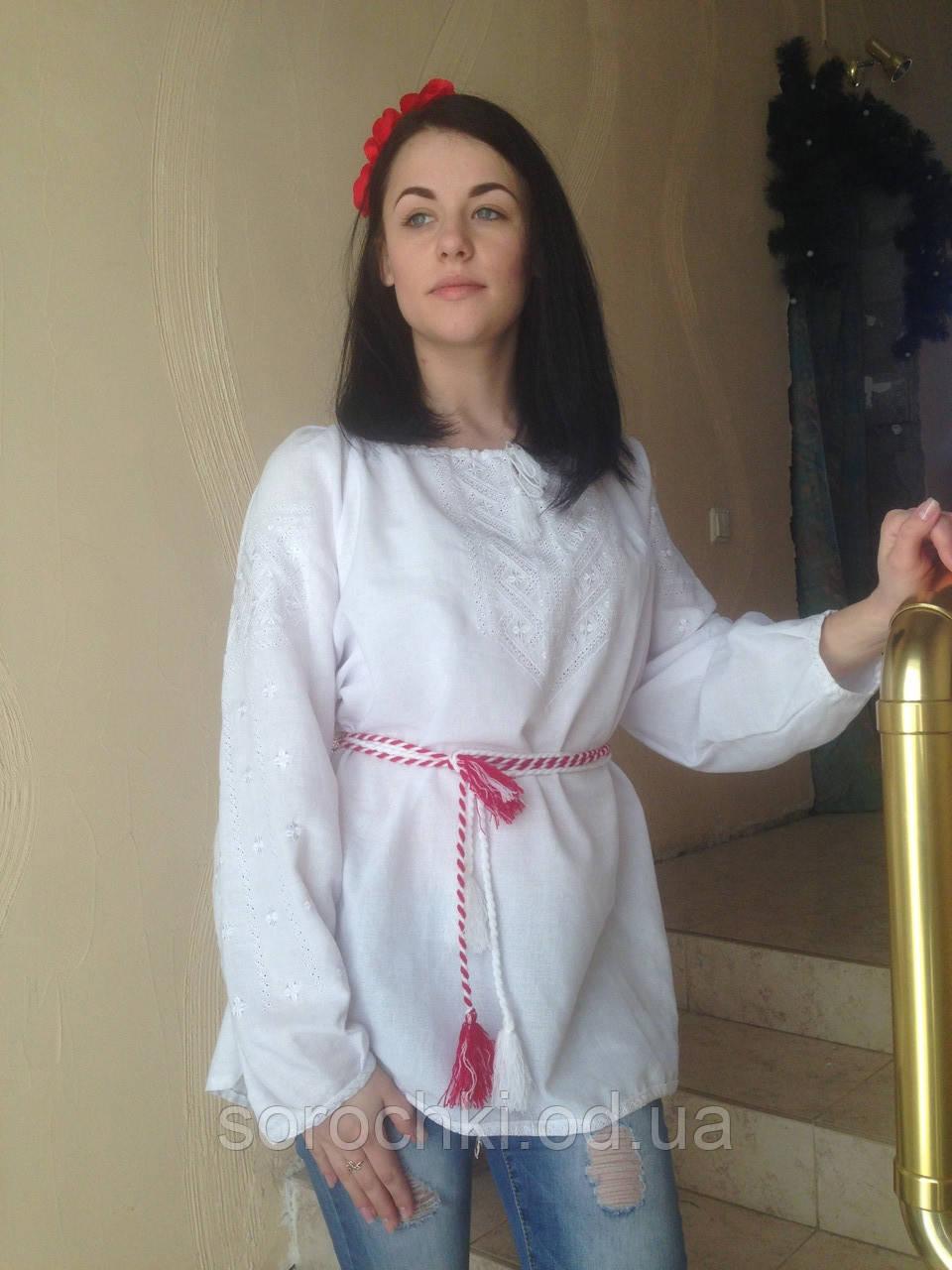 """Вышиванка  женская орнамент """"Бесконечник""""  Цвет: белый. Цвет вышивки: белый, синий,красный домотканное полотно"""