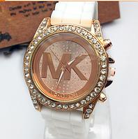 Женские наручные часы Michael Kors/белые