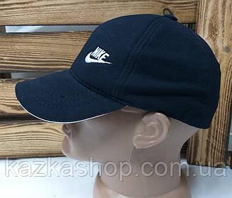 Мужская кепка темно-синего цвета, с вышивкой в стиле Nike (реплика), малая вышивка, трикотаж, на резинке, фото 2