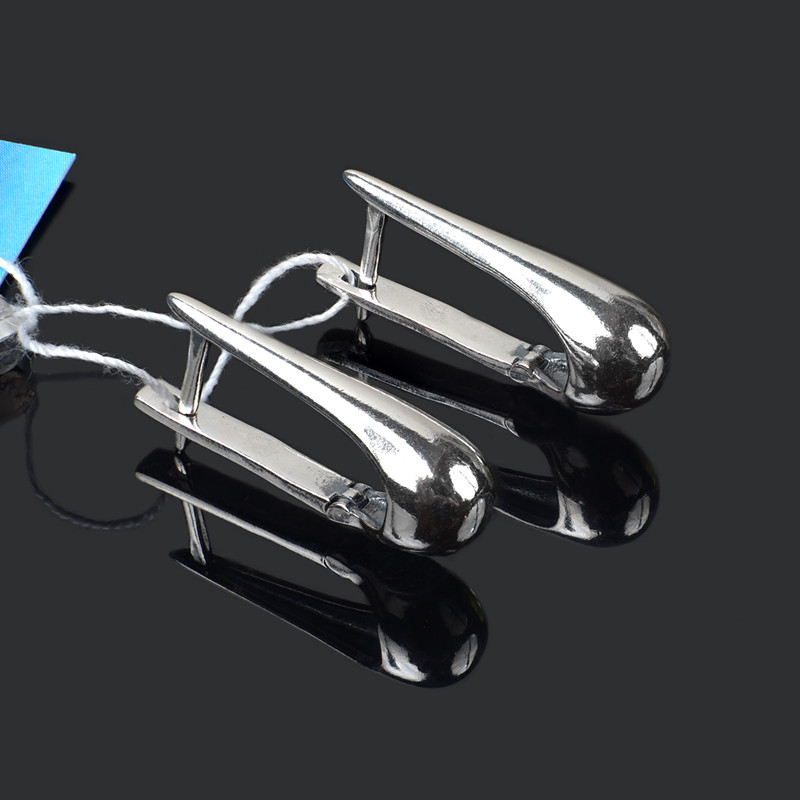 Серебряные серьги необычный дизайн
