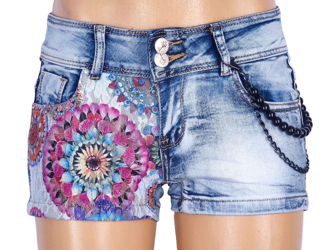 Короткие джинсовые шорты с кружевной вставкой 40-46