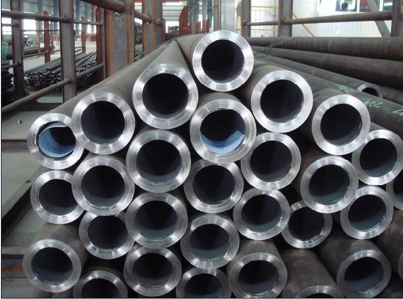 Труба нержавіюча безшовна 76х5 мм AISI 321 аналог 08Х18Н10Т