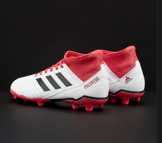 detskie-futbolnye-butsy-adidas-98d0w1