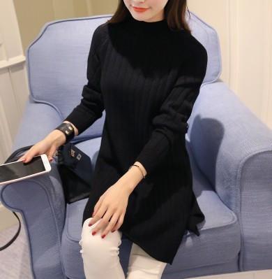 Зимний длинный свитер-туника черного цвета