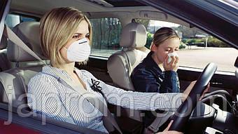 Запах бензину в салоні автомобіля: причини і усунення