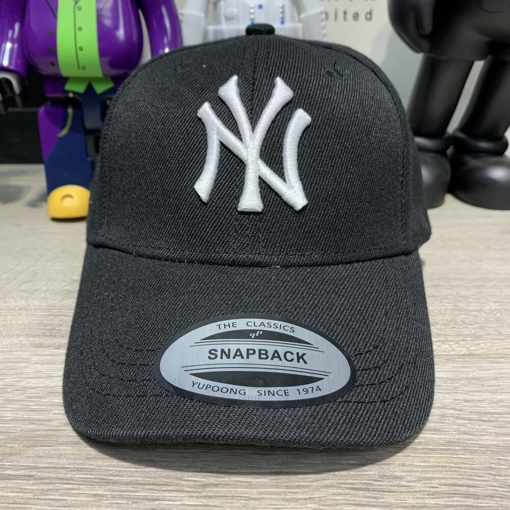 Кепка New York Yankees 19385 черная