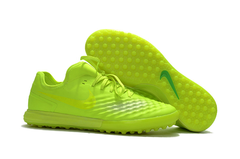 Бутсы сороконожки Nike MagistaX Finale II TF light-green2