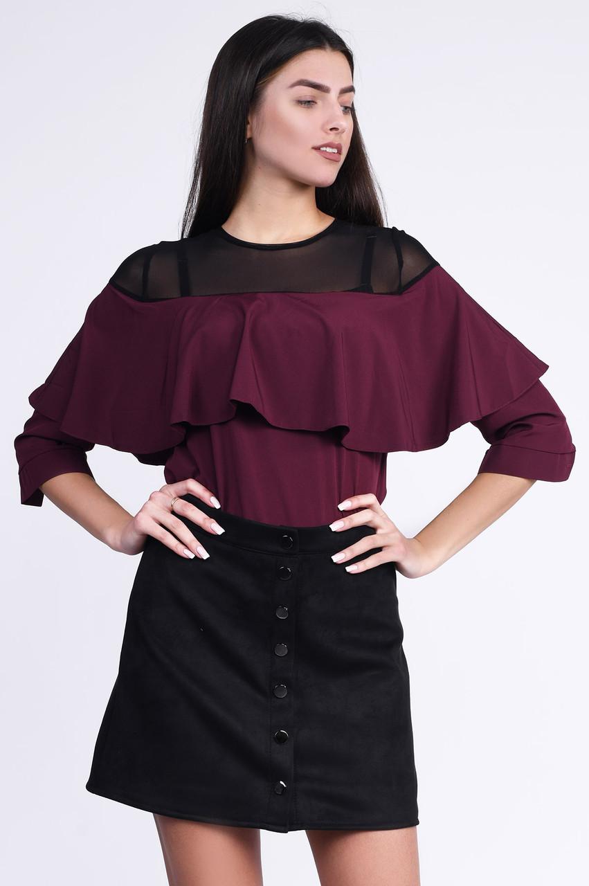 Красивая блузка с воланом и сеткой бордо