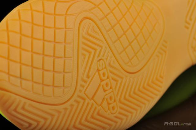 detskie-futzalki-adidas-original -00004