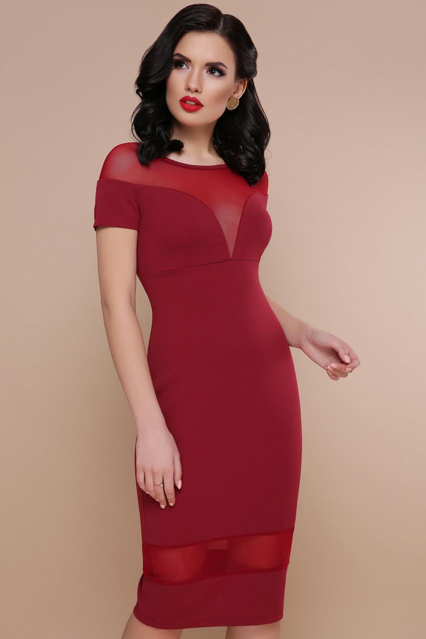 Модное платье миди приталенное вставки из сетки короткий рукав бордового цвета
