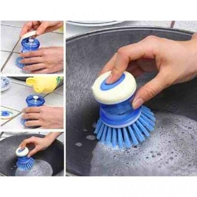 Щетка для мытья посуды с дозатором