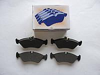 Задние колодки (с молоточками) на MB Sprinter 308-316, VW LT 35 1996-2006 — Autotechteile — 4260, фото 1