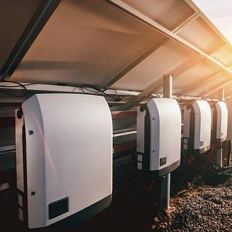 Інвертори для сонячних електростанцій