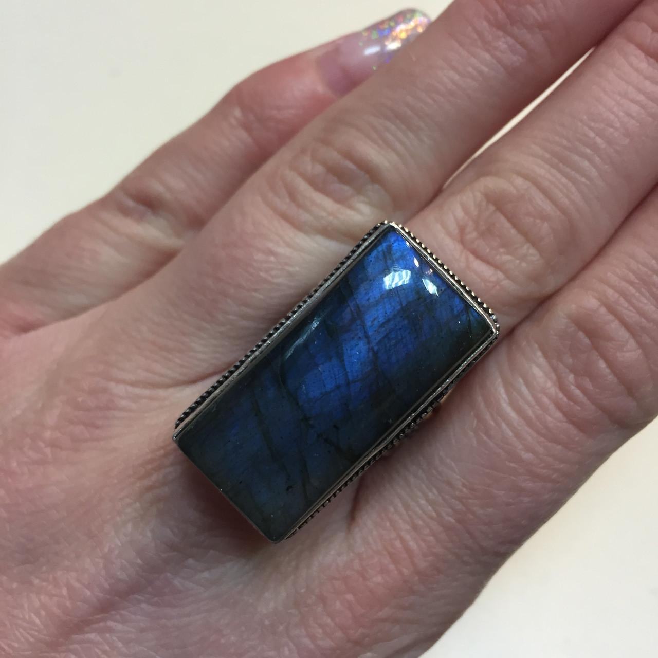 Красивенное кольцо прямоугольное с камнем лабрадор в серебре размер 17,5 перстень с синим лабрадором Индия!